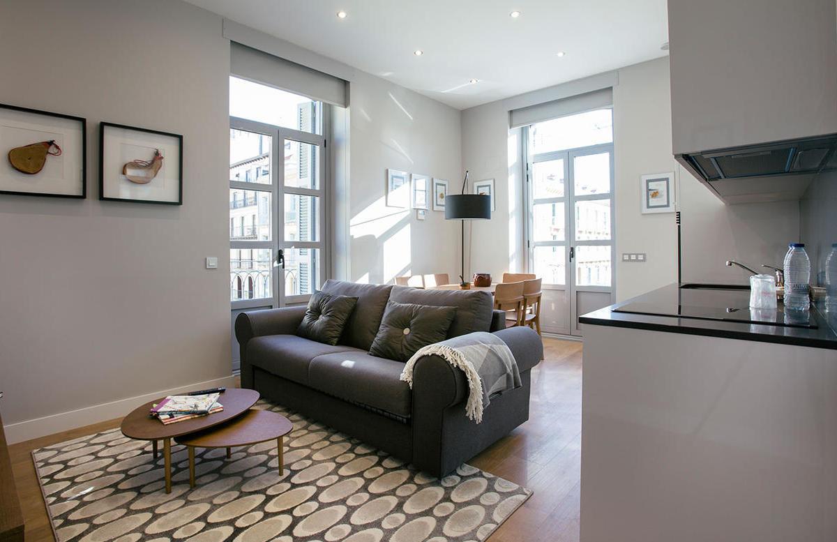 Exterior Grand Studio Suites with balcony Hotel Donosta-San Sebastián Legazpidoce 000