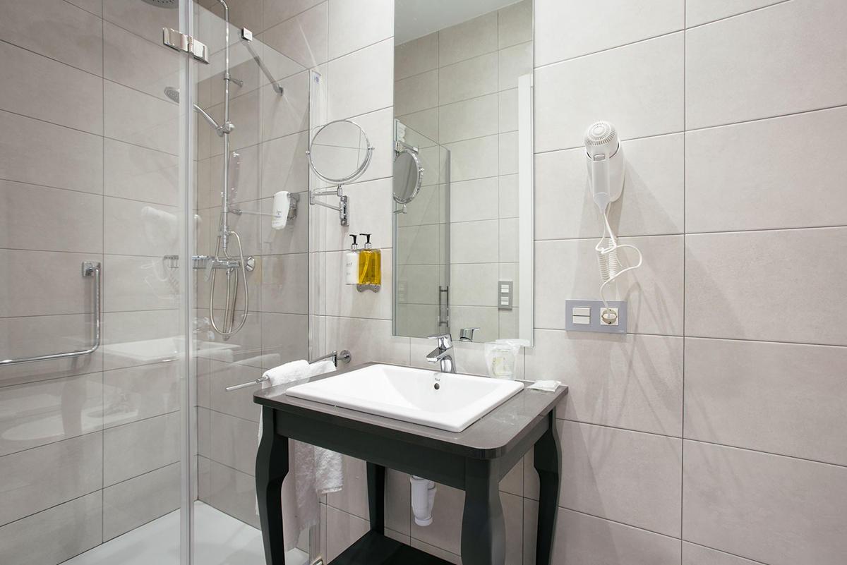 Studio Suite Exterior Hotel Donosta-San Sebastián Legazpidoce 002
