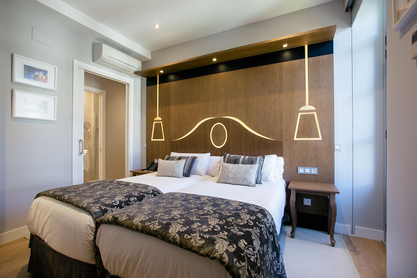 Exterior bedroom